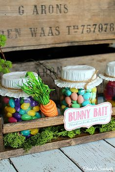 Easter Mason Jars Easter Projects, Easter Crafts, Easter Decor, Easter Ideas, Easter Appetizers, Easter Party, Easter Gift, Easter Printables, Easter Celebration