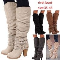2018 Women Fashion Riding Boots with Circle Straps Design Near The Ankle Boots Winter and Autumn Rivet Snow Boots Rhinestone Boots les femmes bottes botte de longueur genou Christmas @ VOVA Stylish Boots, Casual Boots, Snow Boots, Winter Boots, New Outfits, Cool Outfits, Boots With Leg Warmers, Riding Boots Fashion, Riding Boot Outfits