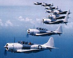 United States' Douglas SBD Dauntless dive bomber - World War II ...