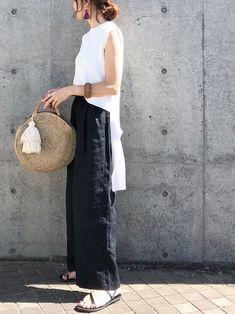 Modest Fashion, Love Fashion, Spring Fashion, Fashion Outfits, Womens Fashion, Fashion Design, Japanese Minimalist Fashion, Japanese Fashion, Minimal Chic