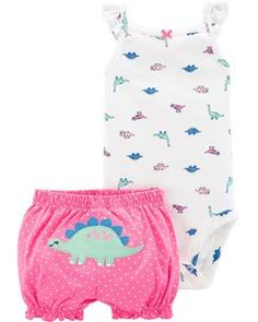Dinosaur Bodysuit & Short Set - Baby Boy Names Baby Girl Names Baby Tritte, Baby Sleep, Third Baby, First Baby, Baby Outfits, Body Suit With Shorts, Baby Kicking, Bodysuit, Baby Arrival