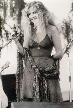 """Fleetwood Mac Live, 1978 "" Photo originally shared by Roseanne Mughetto. Original photo belongs to the very generous Vikki Carlucci. Please do not remove caption."