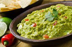 Receita de Guacamole. Saiba os ingredientes e o passo a passo para fazer bem fácil.