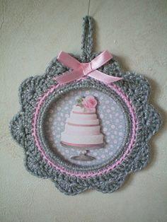 Cadre au crochet - Gâteau de Escrapbouillette's boutique sur DaWanda.com