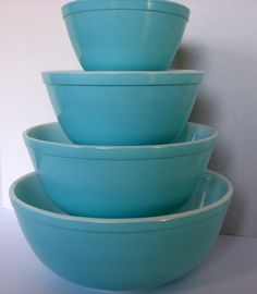 Vintage Pyrex Turquoise Blue Mixing Bowl Set. $110.00, via Etsy.