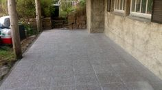 Gamle treheller, brostein og singel byttet ut med nye #betongheller.