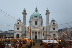 Everything you need to know about the Christmas Markets in Vienna
