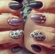 Black, rose panther nails