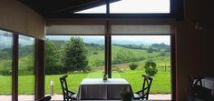 Restaurante - comedor con vistas  a la Sierra del Cuera, situado al inicio de la ruta  del Valle Oscuro.- Puerta del Oriente-