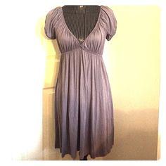 Grey v-neck dress Grey, v-neck, short sleeve Dresses