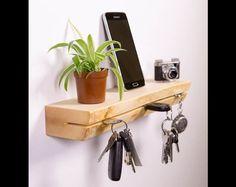 *Schlüsselbrett aus Ahornholz mit Baumkante im besonderen Design!*  Das etwas andere Schlüsselbrett was nicht jeder hat.  Mit ihm geht so schnell kein Schlüssel mehr verloren - Das puristisch...
