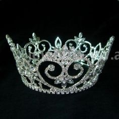 Really Big Tiaras for Princess and Queen