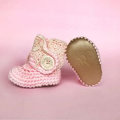 Pink Baby Booties, Girls Coming Home Outfit, Ivory Lace and Gold Leather Boots, Newborn Handmade Knit Clothes, Rose Crochet Infant Shoes -pregnacy announcement #Newborngifts, #newborn #baby #babyboy, #babygirl, #genderneutral #genderreveal, #babyclothes, #handmade, #shopsmall, #organicbaby, #cutebabyclothes #babyshoes #babyboots #tweed #handmadebabyclothes #bohobaby #mountainbaby #washingtonbaby #oregonbaby #pnwbaby #eastcoastbaby #westcoastbaby #trendybaby #momblogger #mommyblogger