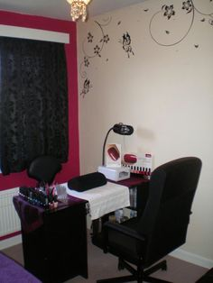 Nail room ideas
