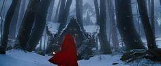 little red riding hood movie | Red Riding Hood - Unter dem Wolfsmond | Bild 2 von 18