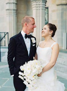 Spring weddings, The Chrysler Museum of Art, bridal bouquet, Norfolk, VA, follow this board for more Borrowed & Blue wedding picks // Jen Jar Photography