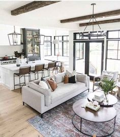 44 Inspiring Modern Open Living Room Design Ideas – Home Decor Beautiful Living Rooms, Living Room Modern, Living Room Designs, Living Spaces, Small Living, Cozy Living, Craftsman Living Rooms, Transitional Living Rooms, Living Area