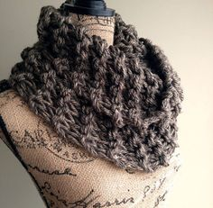 Outlander Inspired Cowl, chunky knit cowl, womens winter infinity cowl, wide cowl, fall infinity scarf, outlander cowl scarf