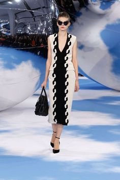 Christian Dior 2014, Fashion Tape, Black Knit, Black Wool, City Style, Knit Skirt, Passion For Fashion, Catwalk, Fall Winter