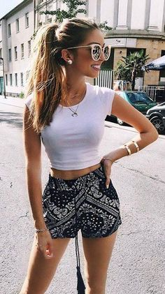 #Summer #Outfits / White Top + Aztec Print Short