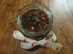 Marvleous pear and amaretto mincemeat and mince pies - gluten, dairy, egg, nut and soya-free. Also vegetarian