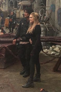 I'm not a Bellarke fan but Eliza Taylor and Bob Morley are cute