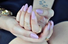 Another pink set of almond nails, obsessed. JoelleLeighB