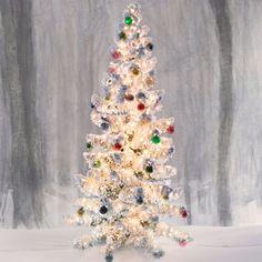 Christmas Tree Alternatives Christmas Tree Background, Christmas Tree Garland, Silver Christmas Tree, Small Christmas Trees, Christmas Tree Crafts, Holiday Tree, Christmas Tree Toppers, Christmas Decorations, Holiday Decor