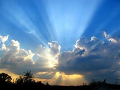 Jesus christ in heaven coming out of clouds with sun rays in sky free powerpoint templates ppt themes presentation backgrounds Presentation Themes and Graphics Alicante, La Salette, Les Continents, Praise And Worship, Praise Songs, Worship Songs, Cristiano, Christian Music, Christian Videos