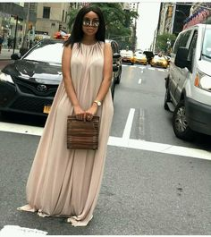 Latest Aso ebi lace Styles Lovely Dresses for New World.Latest Aso ebi lace Styles Lovely Dresses for New World Long African Dresses, African Print Dresses, Chic Outfits, Dress Outfits, Fashion Outfits, Dress Up, African Fashion Ankara, Latest African Fashion Dresses, Aso Ebi Lace Styles