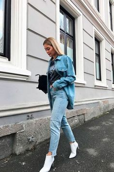 Looks jaqueta jeans feminina - como usar jaqueta jeans curta, longa, oversized, no Moda Instagram, Booties Outfit, Casual Chic, Style Désinvolte Chic, Look Fashion, Fashion Outfits, Fashion Clothes, Fashion Women, Fashion Beauty
