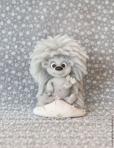 Ежик Морозовичков - серый,ежик,шерсть,подставка,Новый Год,цветочки,полянка