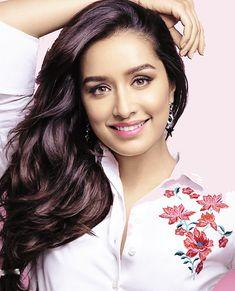 Bollywood Heroine Sharddha Kapoor Latest Photo shoot for Cosmopolitan Photos. Indian Bollywood Actress, Beautiful Bollywood Actress, Most Beautiful Indian Actress, Bollywood Fashion, Beautiful Actresses, Indian Actresses, Actors & Actresses, Indian Celebrities, Bollywood Celebrities