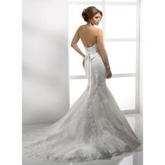 Search Used Wedding Dresses & PreOwned Wedding Gowns For Sale Chapel Wedding Dresses, Mermaid Trumpet Wedding Dresses, Wedding Dress 2013, Wedding Dress Train, Perfect Wedding Dress, Bridal Wedding Dresses, Bridal Lace, Mermaid Wedding, Lace Wedding