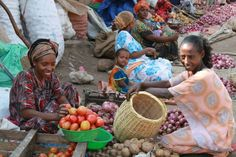 For many families in Ethiopia, this is their day to day life. They go to the local market and work together all day including children as young as babies. Most of these mothers cannot afford to send their children to school, and they are working to try to earn an income for their family.