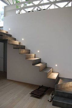 Staircase Design Modern, Home Stairs Design, Modern Stairs, Interior Stairs, House Design, Stairs Architecture, Architecture Details, White Exterior Houses, Staircase Handrail