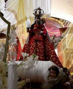 La primera portadora de la Luz de Cristo sea siempre Ella nuestra estrella cuando nos encontremos en puerto perdido. #CucuruchoEnGuatemala