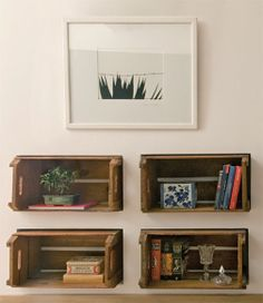 caixotes de feira em parede de gesso