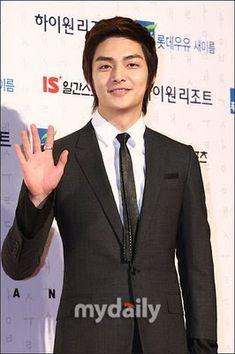 Korean Lyrics Love Miko: Album kim Joon F4 Boys Over Flowers, Boys Before Flowers, Kim Joong Hyun, Song Joong Ki, Korean Star, Korean Men, Lee Min Ho, Asian Actors, Korean Actors