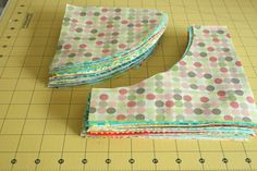 crazy mom quilts: running in circles tutorial. Drunkards path unit. How to sew using only 3 pins!