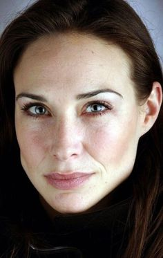 Claire Forlani, Cycle Chic, Classic Beauty, Hollywood Stars, Celebs, Actresses, Actors, Female, Abstract Art