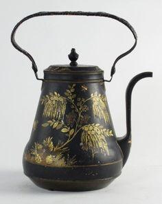 118: Antique Tole Teapot : Lot 118
