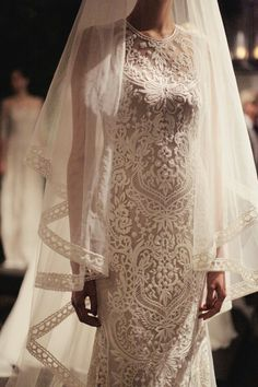 Naeem Khan Bridal Fall 2014 / Photos by Karissa Fanning / The LANE