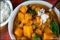 Kahakai Kitchen: Donna Hay's Kabocha (Pumpkin) and Chickpea Curry for Souper (Soup, Salad & Sammie) Sundays + { Chickpea Curry, Ottolenghi, Thai Red Curry, Sweet Potato, Soup, Potatoes, Pumpkin, Herbs, Salad