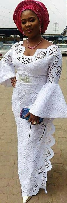 Hello Gorgeous, We are a sucker when it comes to fashion, and we do not shy away from beautiful Aso Ebi outfits. The revamped Aso Ebi outfits have come to give us a run for our money and we are no… African Lace Styles, African Lace Dresses, African Dresses For Women, African Attire, African Wear, African Women, Ankara Styles For Women, African Fashion Ankara, Latest African Fashion Dresses