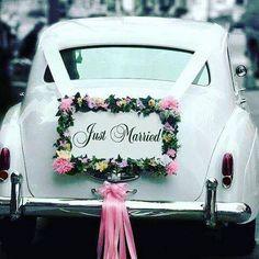 "Our 1962 white vintage Rolls Royce LWB wedding getaway car, with a ""Just Married"" sign. Diy Wedding, Rustic Wedding, Wedding Flowers, Wedding Photos, Dream Wedding, Wedding Day, Wedding White, Wedding Limo, Wedding Blog"
