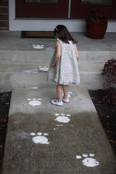 Leave easter bunny tracks for them to find. | 31 Unexpected Ways To Celebrate Easter With Kiddos