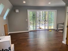 Trio 57 + 2 feet of length in Oregon. See what else our US branch @avrameusa is doing from their online channels. A Frame House, Affordable Housing, Kit Homes, Tiny House, Oregon, Windows, Architecture, Building, Frames
