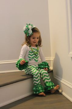 St. Patricks Day Outfit Set Shamrock by JumpingJacksBabywear
