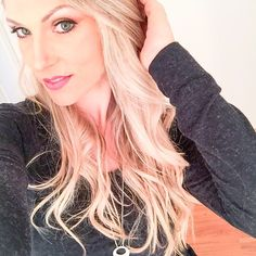 Agradecida demais pelo final de semana abençoado que tive  @cartaodamodaa @mateuslamb @mega_hair_novo_hamburgo @vheridianna @v_eduardu @tatirvianna @fe_petry #moda #makeup #beuty #nails #hair #newpost #embreve #blog #lubyyou #instafashion #instablogger #makelinda #cabelomara #unhasperfeitas #modainverno #inverno2016 #cartaodamodaa #tksgod #imsoblessed